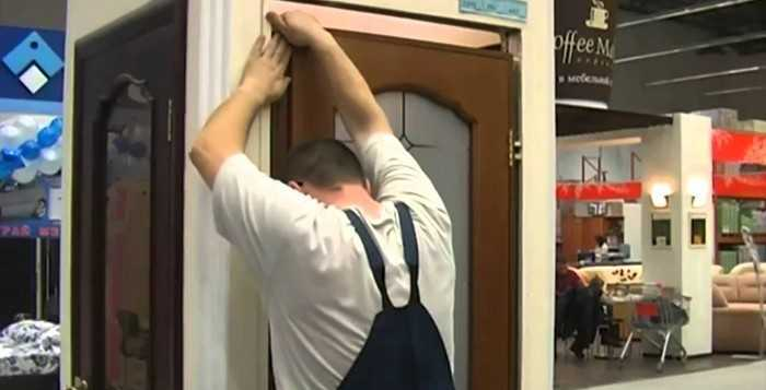 Монтаж и установка межкомнатных дверей